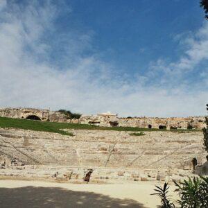 Foredrag om Sicilien og byvandringer i Siracusa